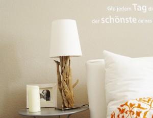 Einzelstück und Individuelle Treibholzlampe
