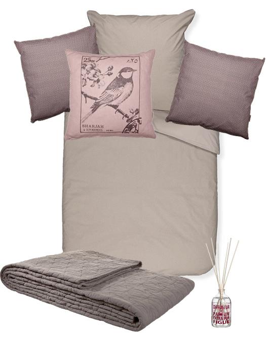kissenschlacht. Black Bedroom Furniture Sets. Home Design Ideas