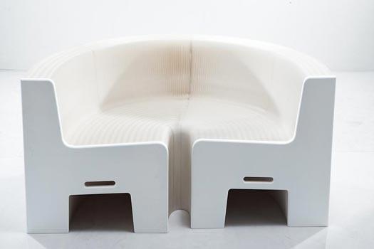 flexiblelovewhite ein sofa aus papier. Black Bedroom Furniture Sets. Home Design Ideas