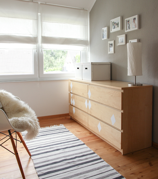 nachttisch fur boxspringbett ikea die neuesten innenarchitekturideen. Black Bedroom Furniture Sets. Home Design Ideas